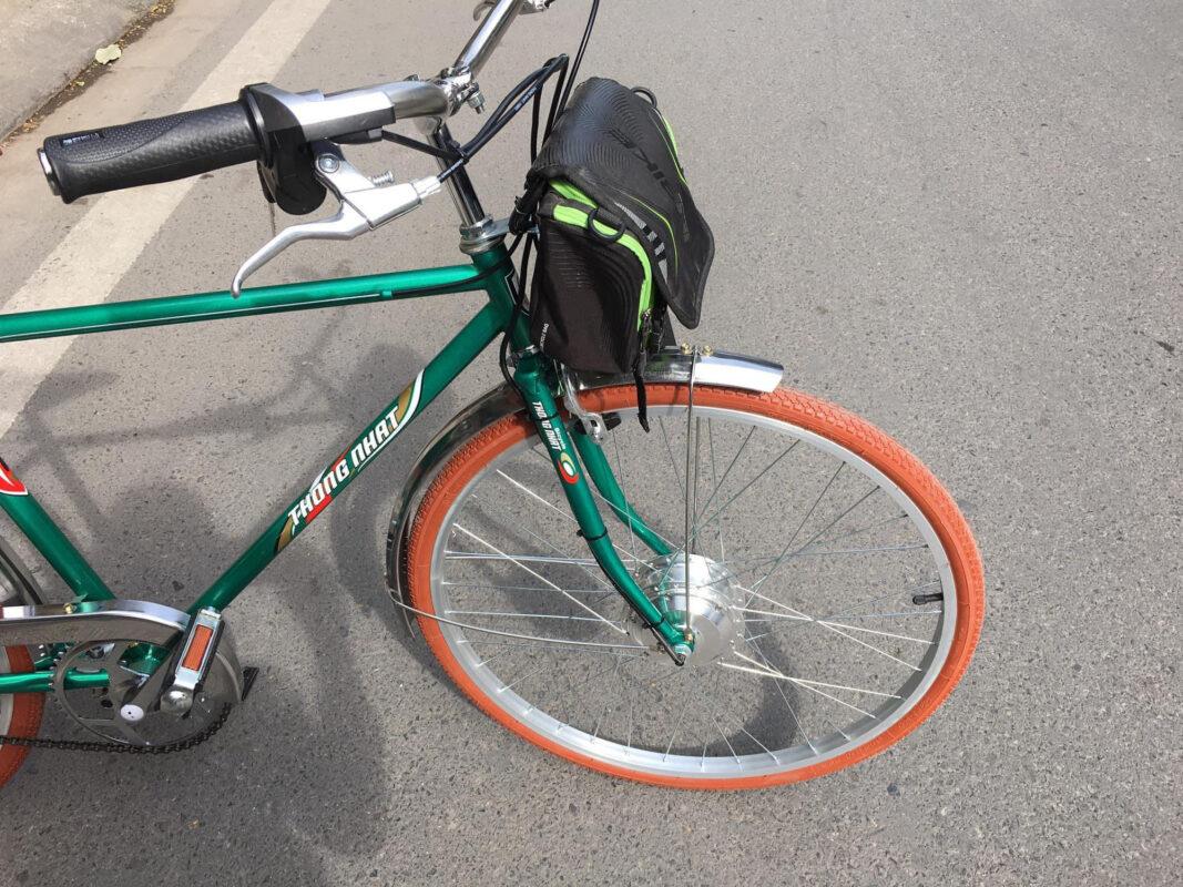 """Xe đạp Thống Nhất cũng được dân chơi xe """"độ"""" thành xe đạp trợ lực điện."""