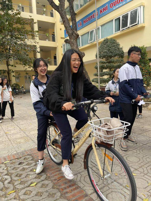 Các dòng xe đạp trợ lực điện có kiểu dáng, màu sắc trẻ trung, phù hợp với nhiều lứa tuổi.